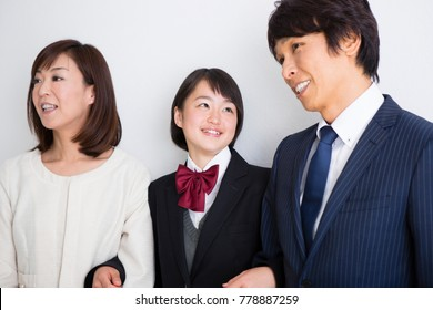 Daughter and parents