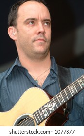 Dave Matthews at the 2005 New Orleans Jazzfest