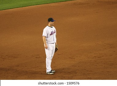 David Wright fielding his position