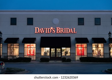 Imagenes Fotos De Stock Y Vectores Sobre David S Bridal