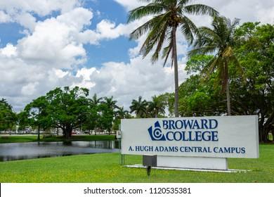 DAVIE, FLORIDA, USA - JUNE 25, 2018: Broward College Central Campus entrance sign