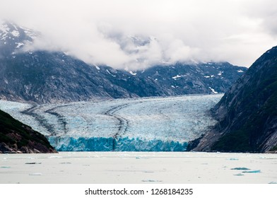 Dawes Glacier, at the head of Endicott Arm is close to Tracy Arm, a popular destination for cruise ships, but gets much less traffic. For those in the know, this is a bonus