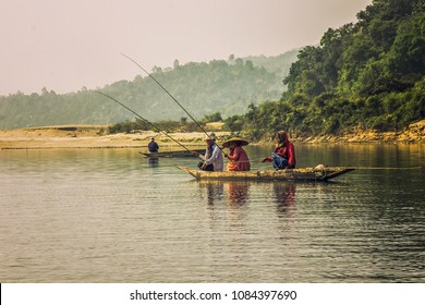 Dawki, Meghalaya, India 05/12/2015  Everyday Fishing on Dawki river in Dawki ,India Bangladesh Border, Meghalaya, India