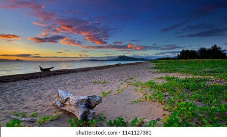 Dawn Beach scene in Townsville, North Queensland, Australia