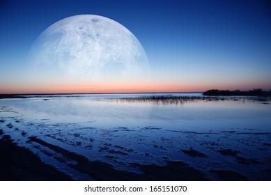 dawn coast of moonlight