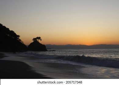 Dawn Of The Katsurahama
