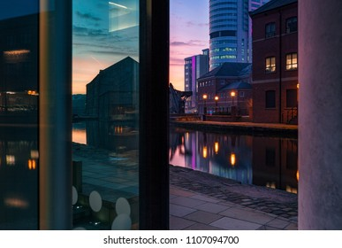 Dawn at Leeds and Liverpool canal basin