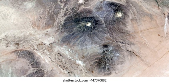 the dawn of Man in Africa,  abstract photography of the deserts of Africa from the air, Science fiction,Photographs magic,artistic,landscapes of your mind, optical illusions, abstract art