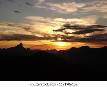 Dawn on the Peito do Pombo, Sana, RJ - Brazil