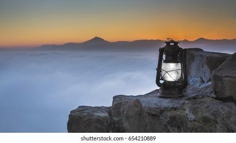Dawn on top, Breathe fresh air