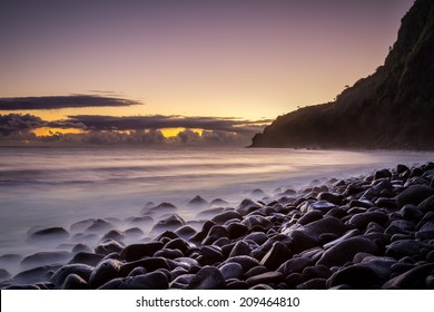 Dawn in Waipi'O Valley at Big Island, Hawaii. Travel attractions, sunrise by the ocean.