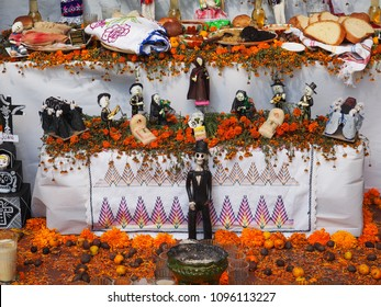 Day of the Dead tributes to honour lost loved ones, Oaxaca Mexico