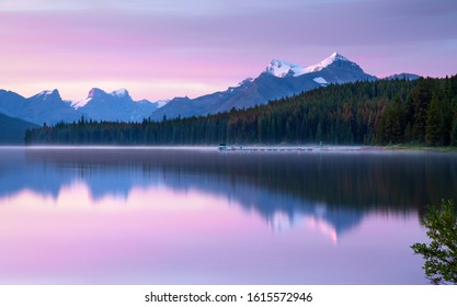 Daybreak at the beautiful Maligne Lake, Jasper National Park, Alberta, Canada