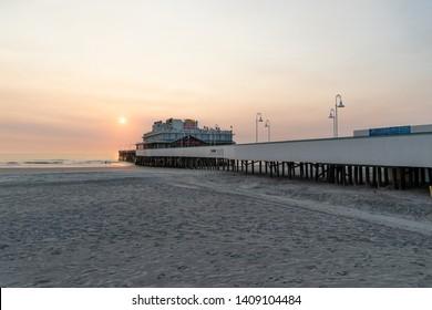 Daytona, Florida/USA - August 1, 2016: Downtown Daytona's Main Street Pier And Restaurant. Top Destinations To Visit In Daytona Beach With Sunrise. Visit Florida.