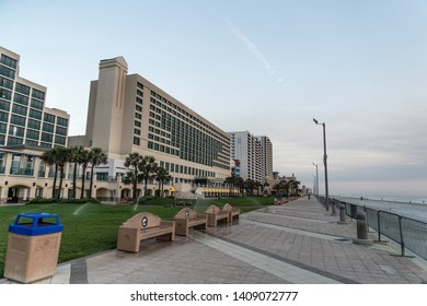 Daytona, Florida/USA - June 1, 2016: Daytona Beach Boardwalk And Pier With Exotic Hotels And Palm Trees. Visit Florida And Stay At One Of Daytona's Convenient Locations For Shopping And Dining.