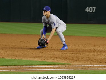 D-Backs- Enrique  Hernández  2nd basemen for the Los Angeles Dodgers at Chase Field in Phoenix,Arizona USA April 4,2018.
