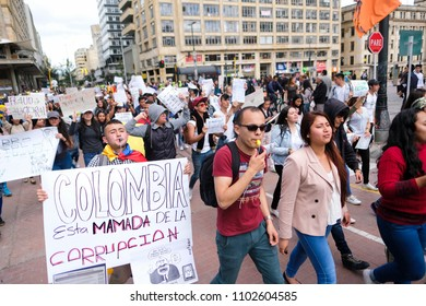 """Bogotá, Bogotá D.C. / Colombia 31-May-2018 In the banner on the left you can read """"Colombia is tired of corruption"""""""
