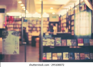De focused/Blur image of a bookstore. Retro effect. Bookstore background.