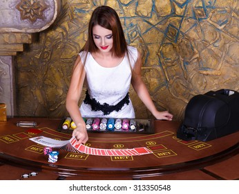 dealer at poker table
