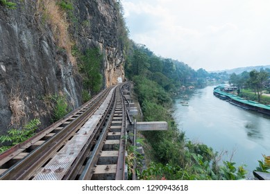 Death Railway Located in Kanchanaburi Province, Thailand, was built during World War 2 using the Allied prisoners of war. Australian soldier American soldiers and Asian laborers That the Japanese army