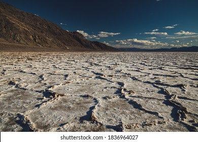 Death Valley drop to 282 feet below sea level at Badwater Basin, the lowest point in North America salt flat