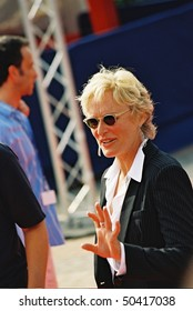 DEAUVILLE, FRANCE - SEPTEMBER 10: Actress Glenn Close attends the 'Heights' photocall at the 30th Deauville American Film Festival on September 10, 2004 in Deauville, France