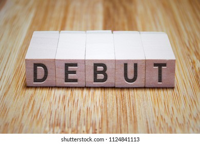 Debut Word In Wooden Cube