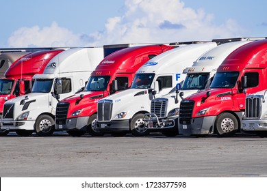 Dec 8, 2019 Lost Hills / CA / USA - Trucks parked close together at a truck rest area off I-5 in South California