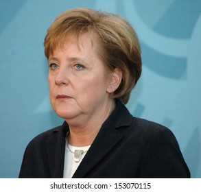 DECEMBER 1, 2005 - BERLIN: Chancellor Angela Merkel at a press conference after a meeting with the Prime Minister of Singapour, Chanclery, Berlin.