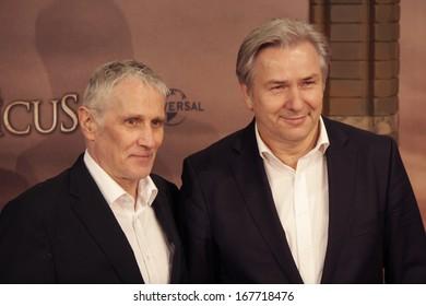 "DECEMBER 16, 2013 - BERLIN: Joern Kubicki, Klaus Wowereit - world premiere of the movie ""The Physician"" (""Der Medicus""), Zoo Palast, Berlin."