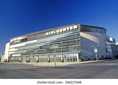 DECEMBER 2004 - Kiel Center, St. Louis, MO