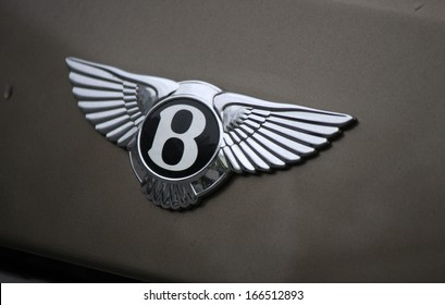 DECEMBER 2013 - BERLIN: the Bentley logo on a Bentley Mulsanne, Berlin.