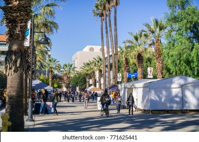 December 6, 2017 San Jose / CA / USA - Farmers' Market on one of the alleys in the San Jose State University campus