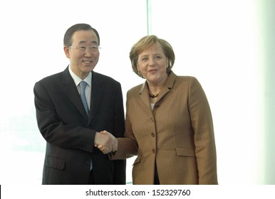 DECEMBER 7, 2006 - BERLIN: Secretary-General of the United Nations Ban Ki-Moon with Chancellor Angela Merkel at a meeting in the Chanclery in Berlin.