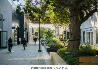 December 7, 2017 Palo Alto / CA / USA - Walking through the open air Stanford shopping center, San Francisco bay area