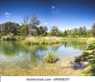 Dechantlacke is 1 of many ponds of the Danube Auen National Park. It covers 93 square kilometer in Vienna and Lower Austria. Its 1 of the largest remaining floodplains of the Danube in Middle Europe.