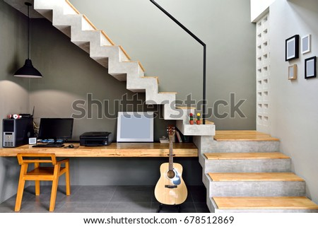 Decorate Loftstyle Staircase Desk Placed Below Stockfoto Jetzt
