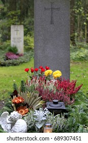Decorated tomb in a cemetery at All Saints Day, Munich, Bavaria, Germany, 2. November 2010
