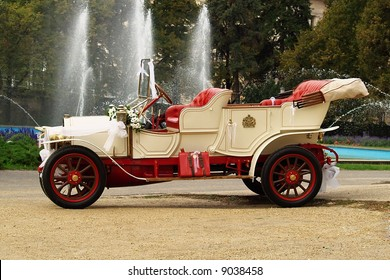 Decorated vintage dream wedding car