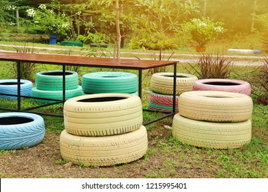 Decorating the old tire chairs