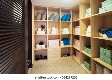 decoration and design of modern wardrobe