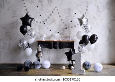 Decorations For Birthday Party A Lot Of Balloons Black And White Colors