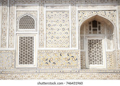 Decorations on external wall of the Tomb of Itimad-ud-daulah in Agra