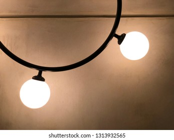 decorative light bulb which has warm white light tone creates the warm welcome mood of the living room.
