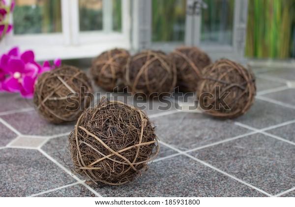 Decorative wicker wooden ball
