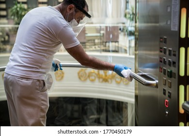 Deep cleaning for Covid-19 (Corona virüs, Pandemic) disease prevention. For safety, spray alcohol, disinfectant on the cleaning cloth wipes in places that are frequently touched at the hotel.