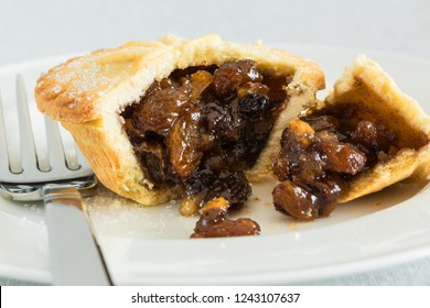 Deep filled Mince Pie