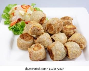 Deep fried crab roll (Hoi Jo) Thai delicious dessert