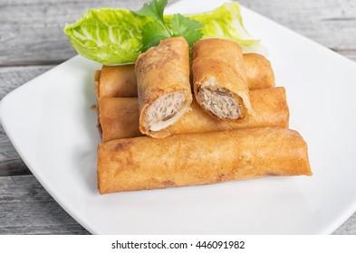 Deep fried Vietnamese imperial rolls