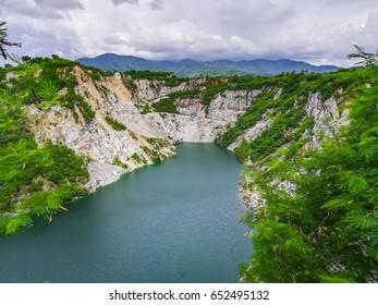 The deep lake with cloud blue sky landscape